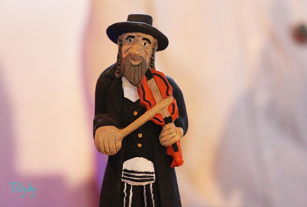 Статуэтка еврейского Скрипача