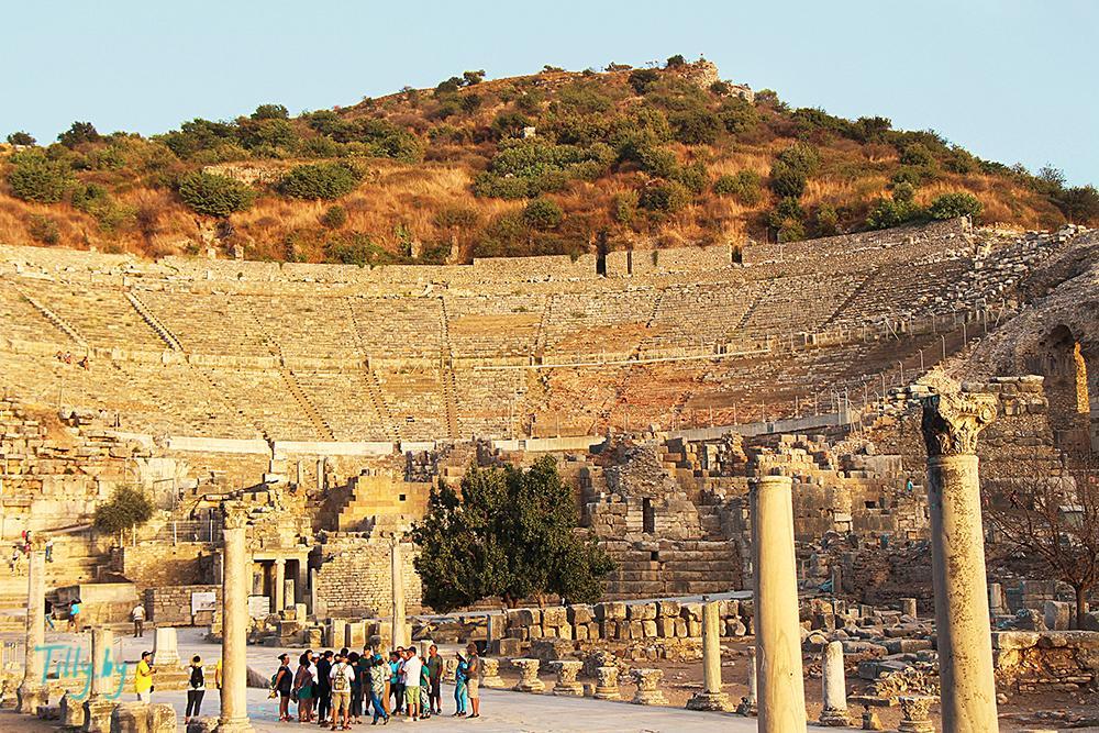 Театр Эфес