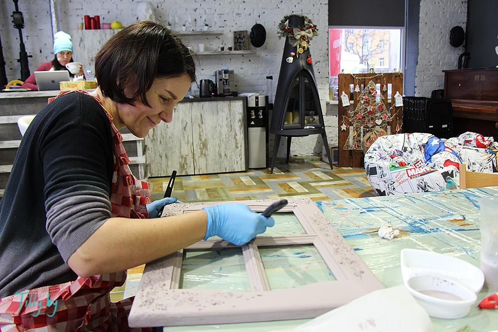 Рабочие моменты на мастер-классе по декорированию в Минске