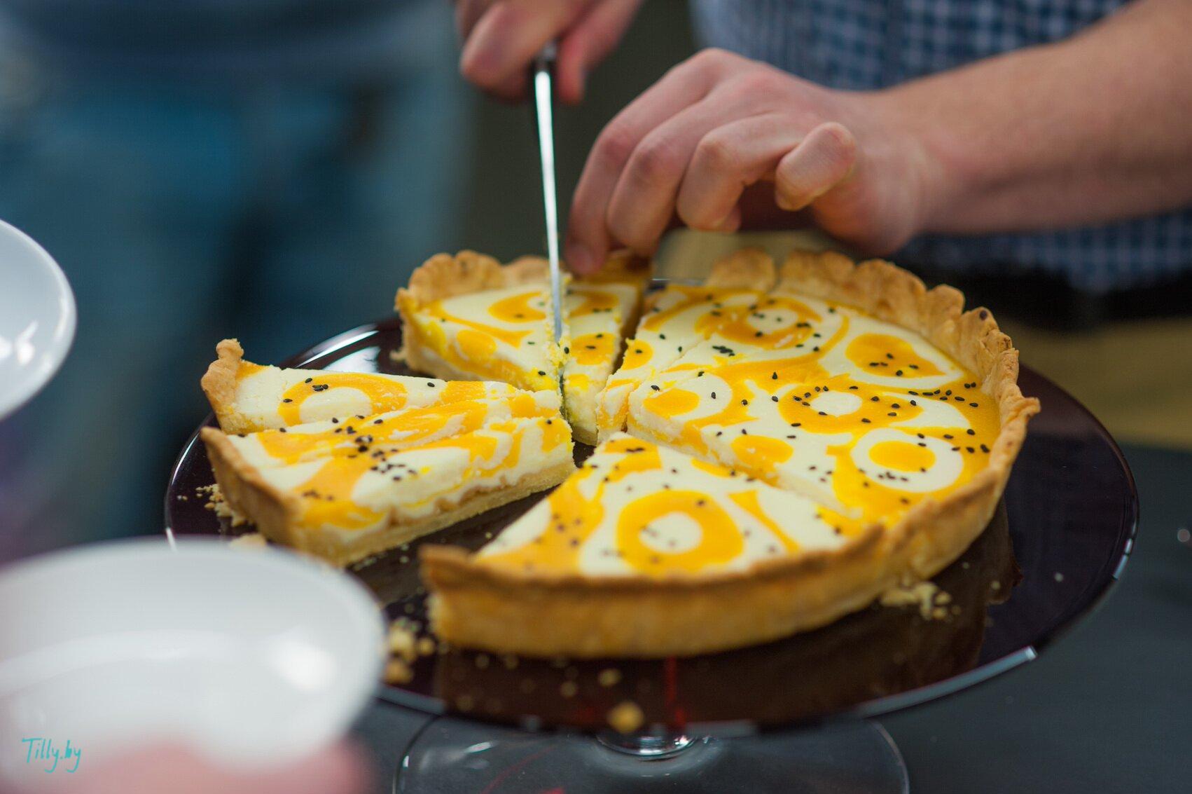 Готовый тыквенный пирог с рикоттой